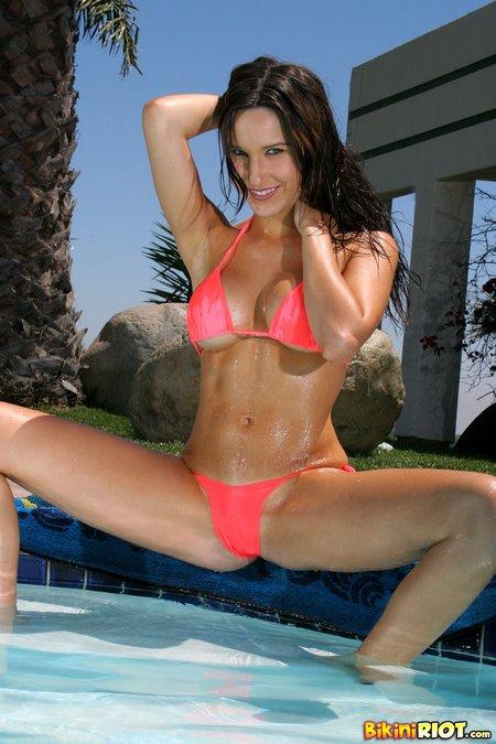 erin-avery-coral-string-bikini
